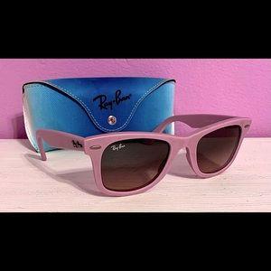 ✨🕶Matte Pink Ray-Bans🕶✨